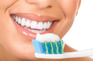 taking-care-of--your-toothbrush-will-help-you-take-care-of-your-mout_16000895_24680_0_14060117_500-300x199